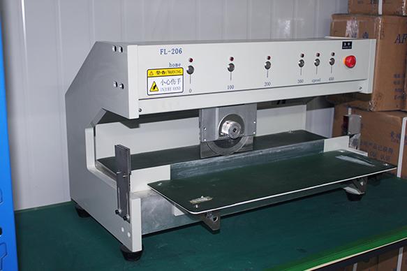 波峰焊车间设备